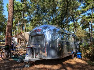 Emplacement espace carave au camping en Gironde