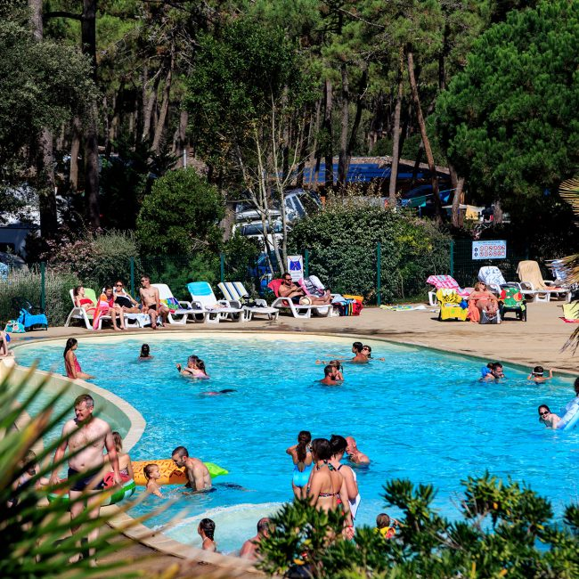 camping Gironde avec piscine chaffée