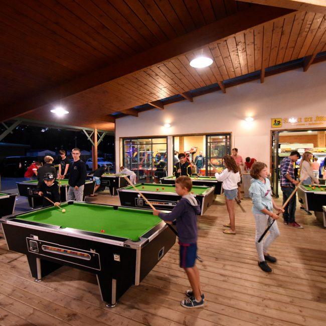 salle de jeux au camping en Gironde