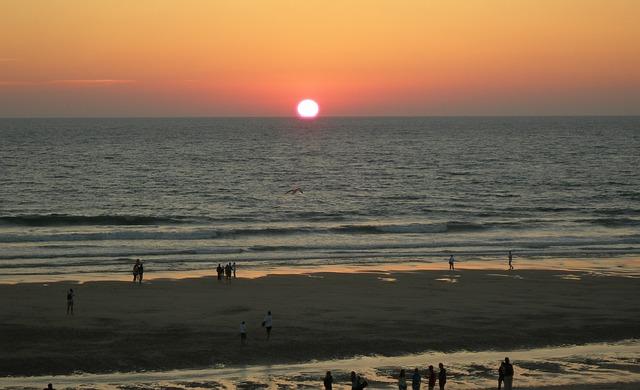 vue de la plage proche du camping Hourtin
